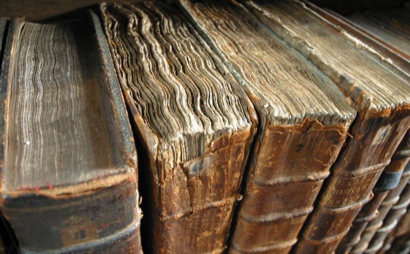 Antik könyv vagy csak régi?
